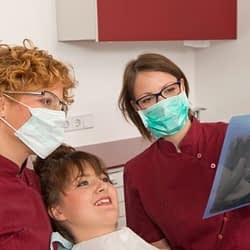 Good dentist communication - 3 things dentists should do for patients - Kenosha Dentist
